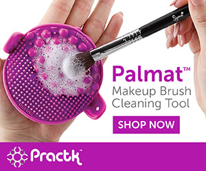 Palmat Makeup brush cleaning tool