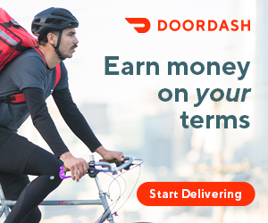man delivering meals with DoorDash