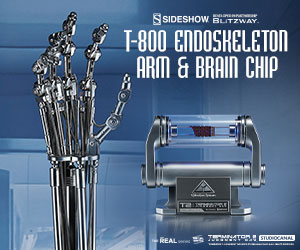T-800 Endoskeleton Arm and Brain Chip Terminator Collectible Set